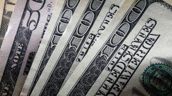En elBanco Naciónla moneda estadounidense se mantuvo sin cambios en$57(en el canal electrónico se consiguió a $56,95).