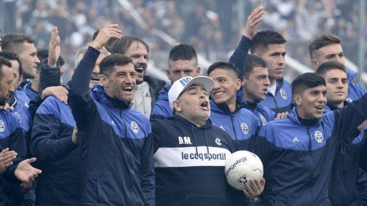 Otro milagro más: Maradona salvó a Gimnasia