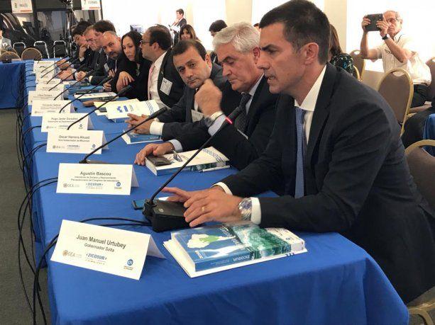 Juan Manuel Urtubey durante plenario de Zicosur.