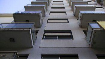 Inmobiliarias expectantes: el Central analiza flexibilizar más el acceso a dólares para vivienda única