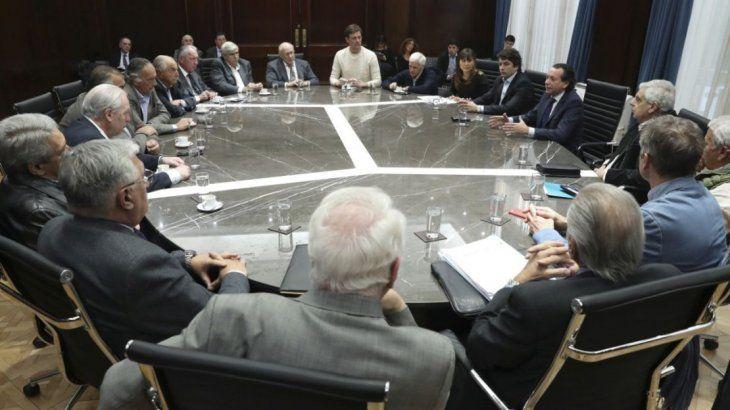 Mesa de negociación entre Gobierno