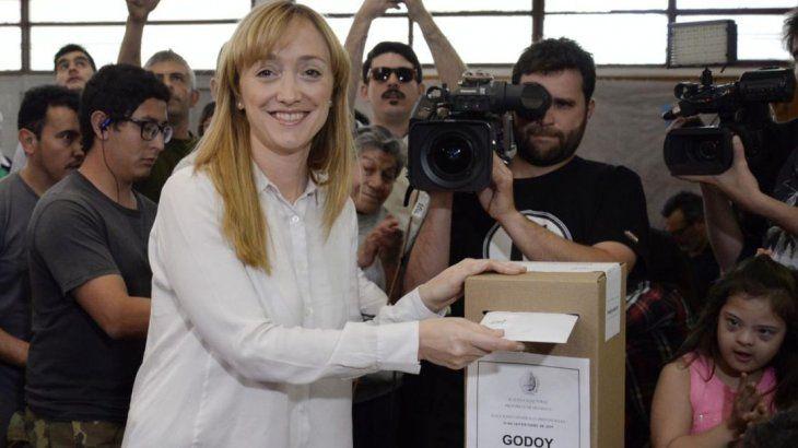 La candidata a gobernadora por el frente justicialista Elegí, Anabel Fernández Sagasti.
