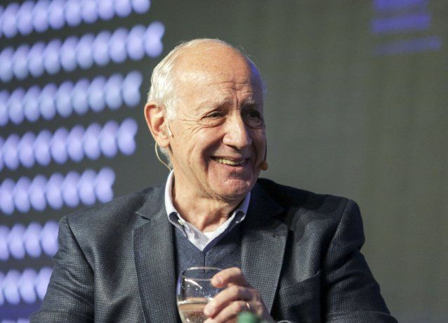 <p>Roberto Lavagna fue el único candidato que viajó a Mar del Plata para participar del Coloquio IDEA. </p>