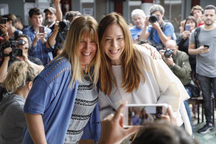 <p>Selfies tras la votaci&oacute;n</p>