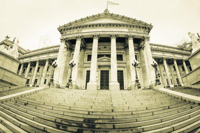cannabis-el-elefante-en-la-habitación-de-la-política-argentina