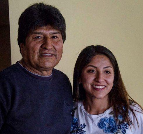 Los hijos de Evo Morales volaron en un vuelo comercial de la empresa LATAM.