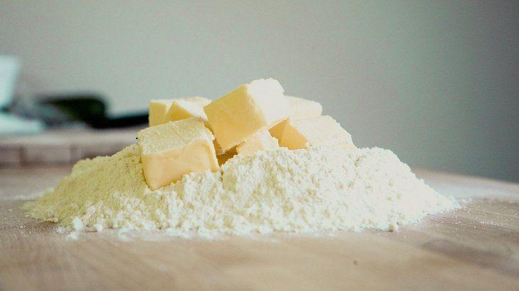Prohibieron la comercialización de una mezcla de harina ydos mantecas.