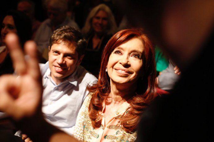 Axel Kicillof y Cristina Fernández de Kirchner en la presentación del documental.