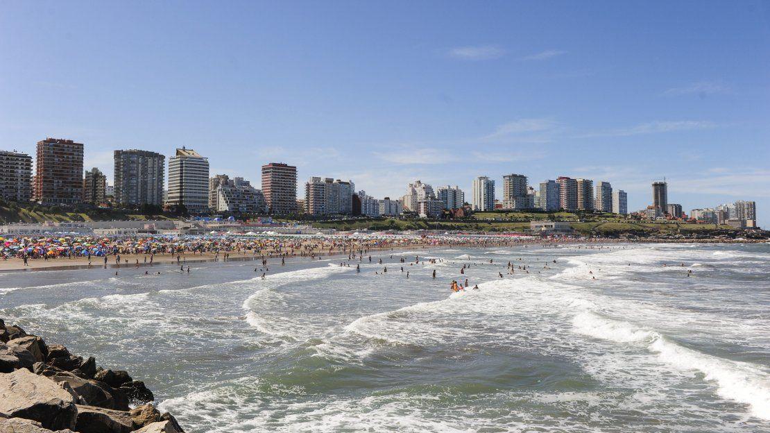 Carnaval en Mar del Plata: comerciantes vendieron más, pero familias gastaron menos