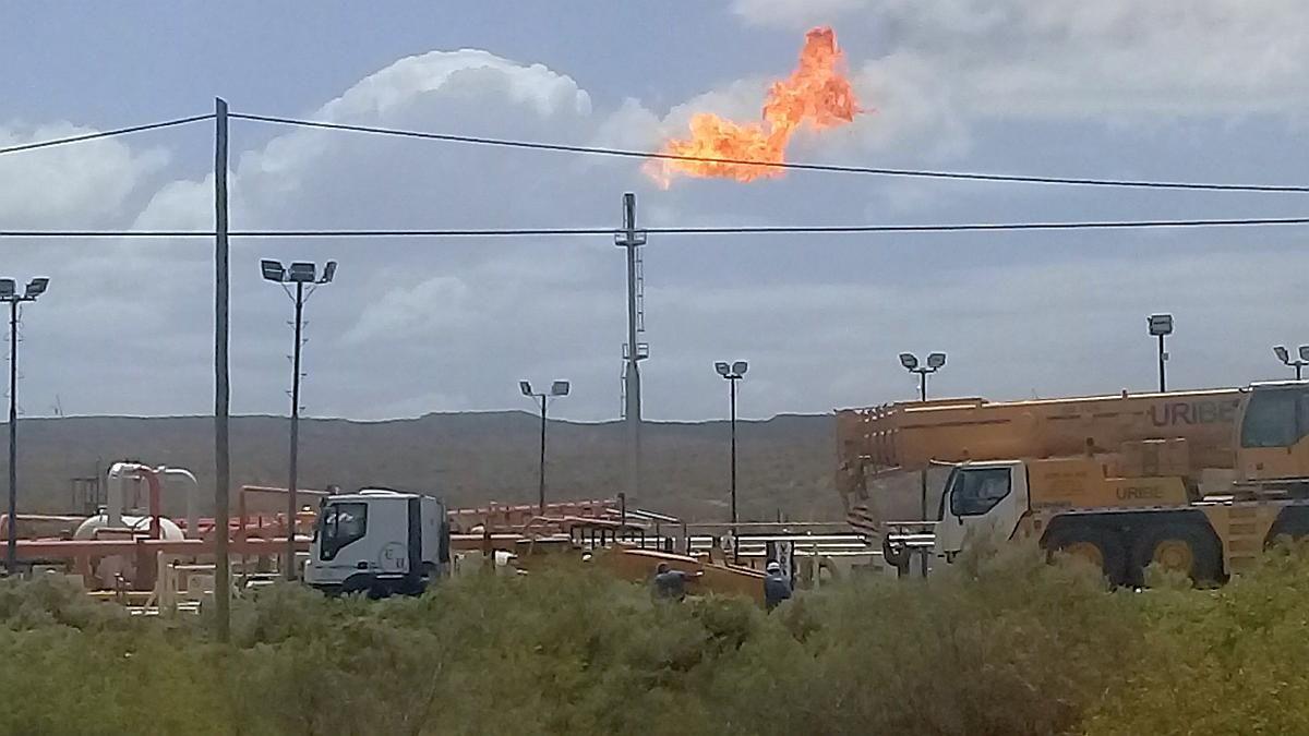 Petroleros, día clave: sin acuerdo por despidos, lanzan huelga nacional y paralizan Vaca Muerta