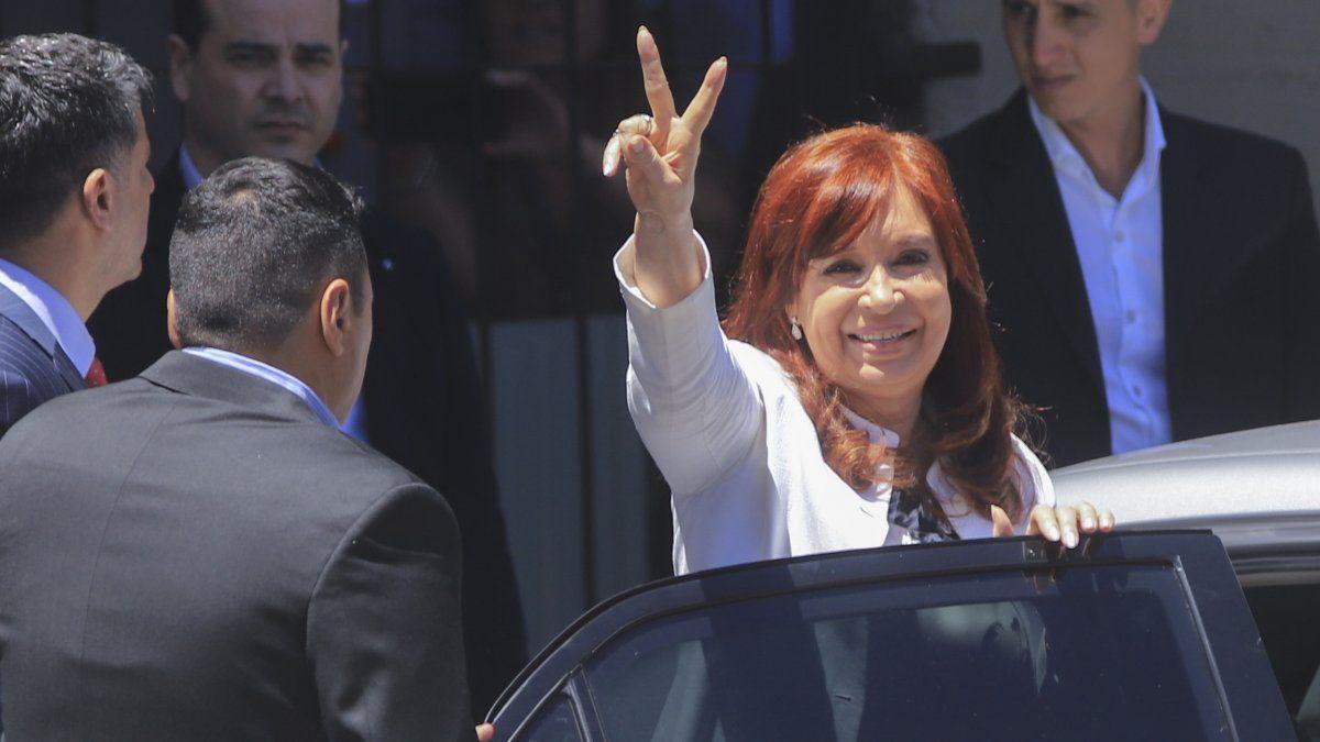 Punto para Cristina: la RAE aclaró que es correcto decir