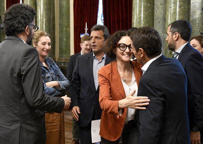 """""""Sostenibilidad de deuda"""": Senado ya cranea sesión 5-F para sancionar la ley """"light"""""""