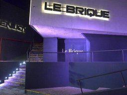 El proyecto afectaría tanto a Le Brique, como al boliche más concurrido de Gesell, Pueblo Límite. También cerrarían Dixit y KM 20, entre otros.
