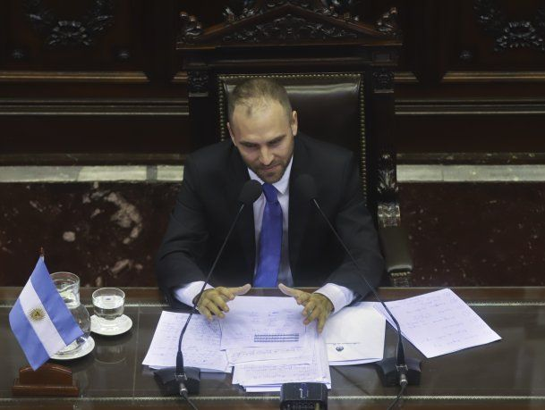 Martín Guzmán durante su exposición en la Cámara de Diputados.