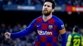 Messi y el plantel de Barcelona aceptaron una rebaja del 70% del sueldo.