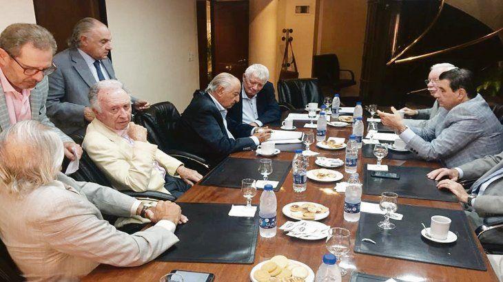Acuerdo. El sindicato que lidera Armando Cavalieri y las cámaras de la actividad cerraron el acuerdo salarial.