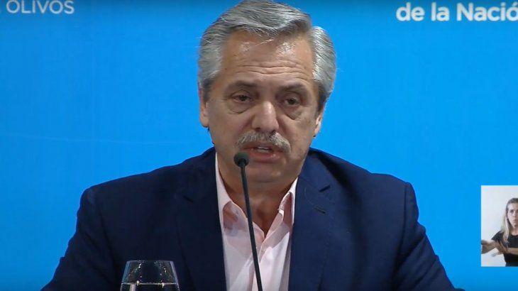 El presidente Alberto Fernandez se mostró rígido con sus políticas para luchar contra el coronavirus y anunció que el pico más alto se dará en la primera quincena de mayo.