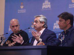 CORONAVIRUS. Horacio R. Larreta, Alberto Fernández y Axel Kicillof, ayer al explicar nuevas medidas.