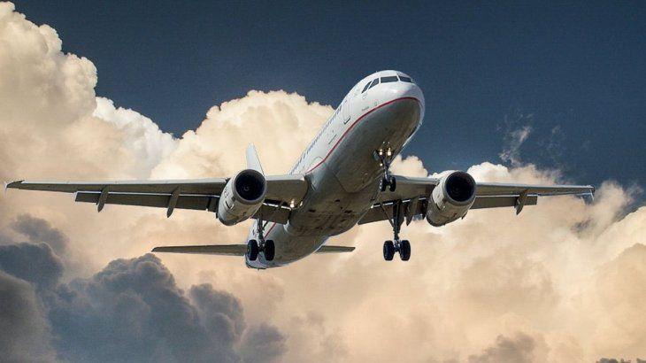 Autorizan los vuelos, pero no para todos: quiénes podrán viajar