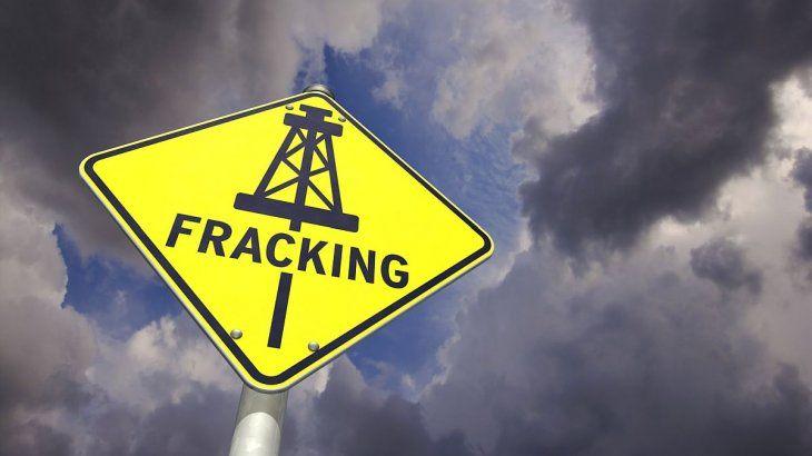 La baja del precio de petróleo sacaría del mercado a los productores de shale oil en Estados Unidos