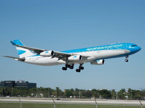 Aerolíneas Argentinas informó cuatro nuevos vuelos especiales.