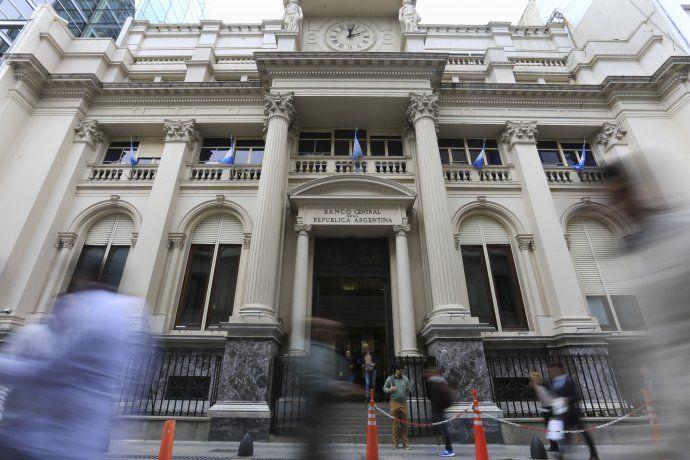 El Banco Central publicó el REM de mayo.
