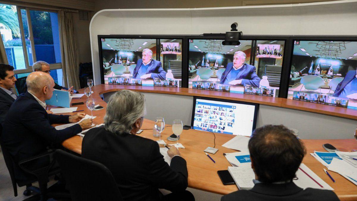 Alberto Fernández encabeza en Olivos videoconferencia con ...