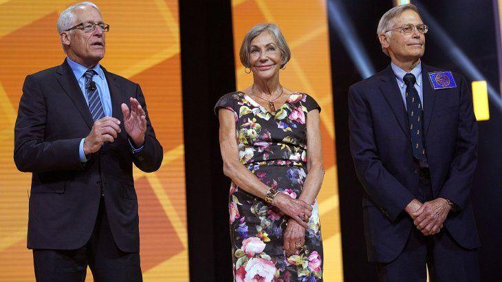 De izq. a der.: Rob, Alice y Jim Walton.
