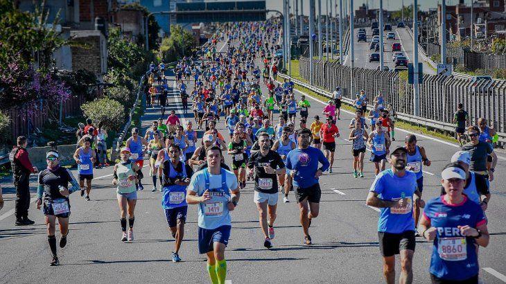 La maratón de Buenos Aires de 2019 contó con más de 10 mil participantes.