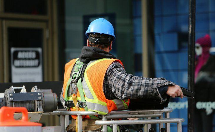 En abril se perdieron 186.000 empleos registrados por caída de nuevas incorporaciones