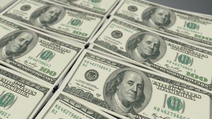 El dólar CCL y el MEP trepan hasta $2,50 y rozan los $113 (brechas en casi 70%)