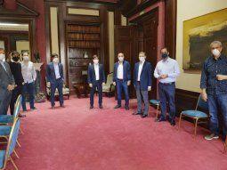 Kicillof recibió durante dos horas a los intendentes PJ del conurbano en La Plata