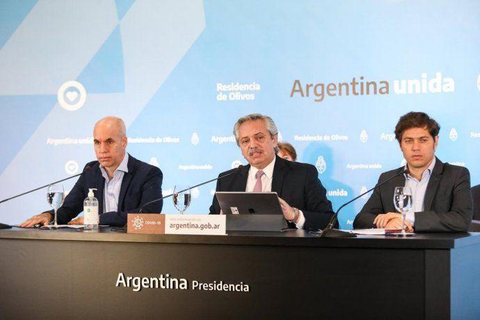 El presidente, Alberto Fernández, se mostró acompañado por el Jefe de Gobierno porteño, Horacio Rodríguez Larreta, y por el gobernador bonaerense, Axel Kicillof.