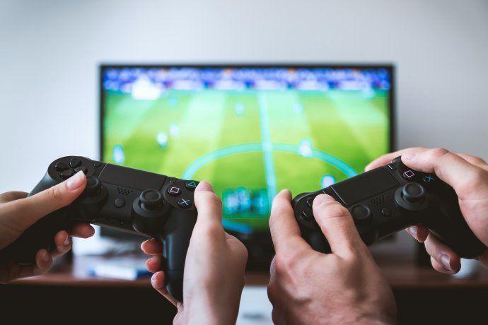 El excesivo consumo que los videojuegos ya tenían ha aumentado con el encierro y el aislamiento