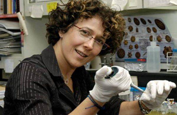 La científica, Andrea Garmarnik, una de las desarrolladores de los tests.