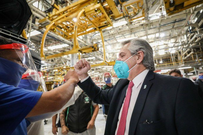 El presidente recorrió las instalaciones de Volkswagen