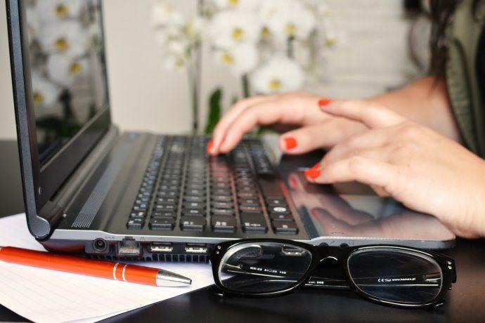 Para fin de año las empresas estiman que podrán producir unas 40 mil computadoras mensuales.