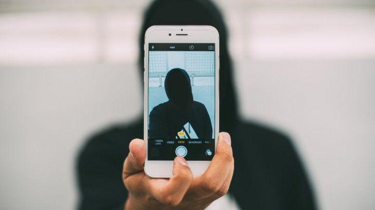 Apple patentó una tecnología para tomar selfies respetando la distancia social