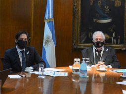 Los ministros Nicolás Trotta (Salud) y Ginés Gonzáles García (Educación), durante su encuentro virtual ayer con sus pares de las provincias.