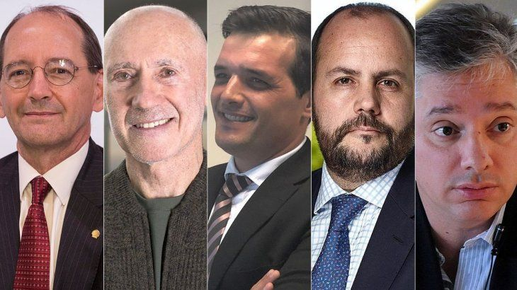 Sean Rooney (Shell Argentina) , Rogelio Pagano (Grupo DESA), Lucas Castiglioni (Nucleoeléctrica Argentina), Gustavo Castagnino (Genneia) y Emilio Guiñazú Fader (Subsecretaría de Energía de Mendoza).