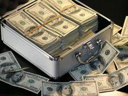 el banco central revelo que por la argentina circulan u$s170.000 millones