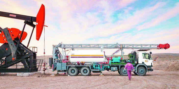 Las empresas del Grupo Clear emplean a más de 1.700 personas en forma directa.En 2019, registró una facturación total de $7.280 millones (Clear Petroleum $6.258 y Clear Urbana $1.022).Si bien tienen operación en casi todo el territorio nacional, centran sus negocios principalmente en las provincias de Santa Cruz, Chubut, Mendoza y Neuquén.