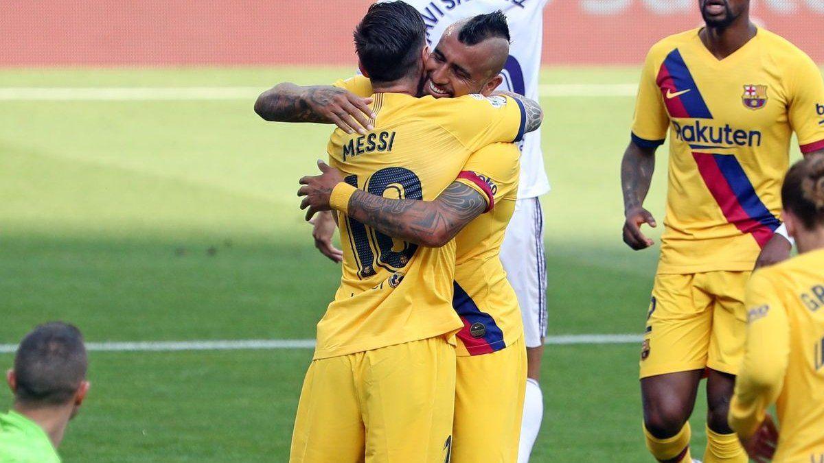 Barcelona ganó con lo justo y no le pierde pisada al Real Madrid | Messi, Barcelona, Real Madrid
