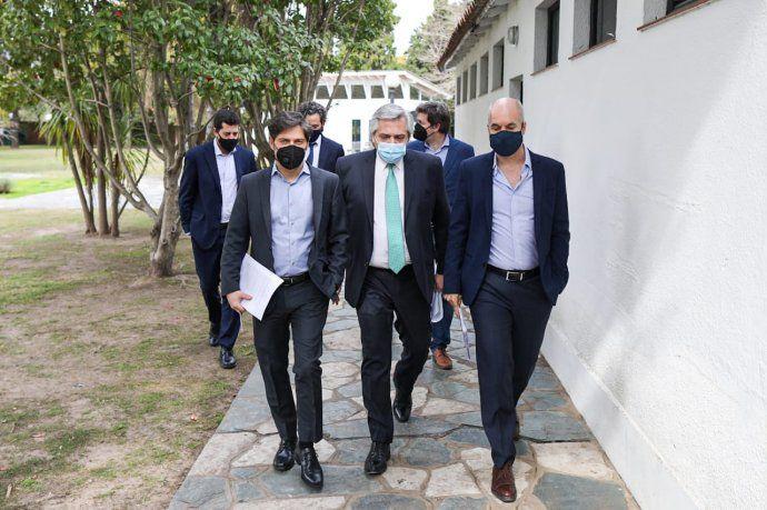 El presidente Alberto Fernández junto al gobernador bonaerense Axel Kicillof y el Jefe de Gobierno de la Ciudad Horacio Rodríguez Larreta.
