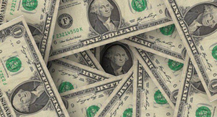 El dólar turista se acercó a los $103, y el Banco Central vendió más de u$s60 millones