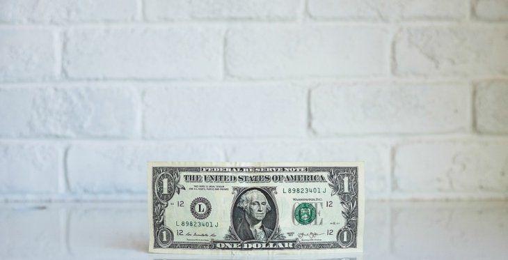 El dólar impacta de lleno en los costos de la construcción, que prepandemia rondaba los u$s850 y hoy está en menos de u$s400.