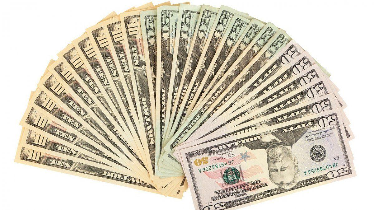 Dólar hoy: a cuánto cotiza este lunes 24 de agosto | Dólar, CCL, Bonos, blue