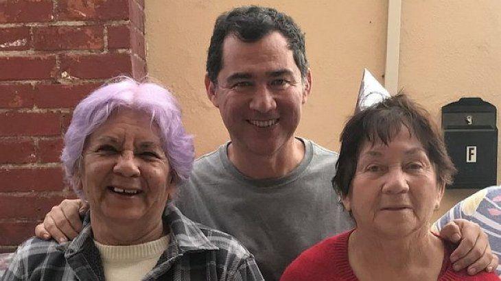 Vásquez Rivera es guatemalteco, pero tiene DNI y nacionalidad argentina. Actualmente vive en Tucumán y es gestor cultural. Trabaja en el Ente Cultural de Tucumán. Denunció a EEUU y Donald Trump por la muerte de su madre y su tía.