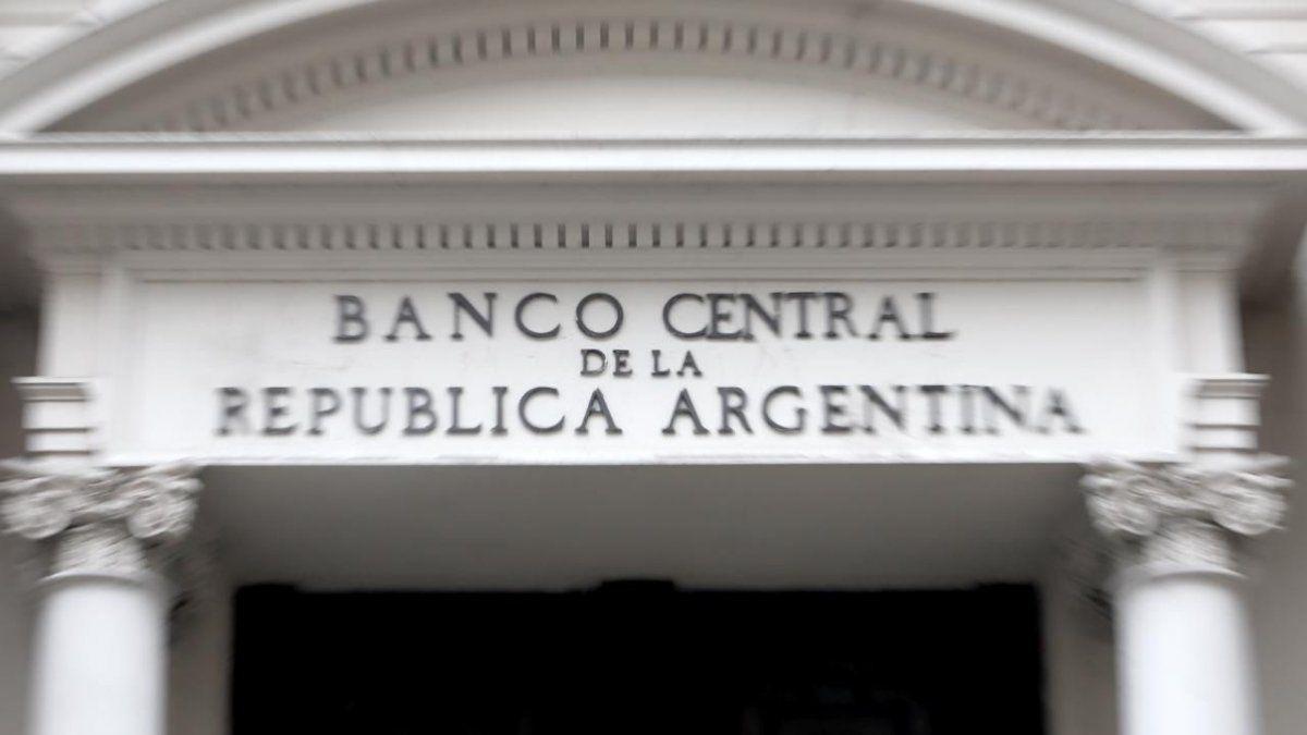 Pregunta el mercado: ¿cuántas reservas en efectivo le quedan al Banco Central?   | reservas, Dólar, Banco Central, Mercado, dólares