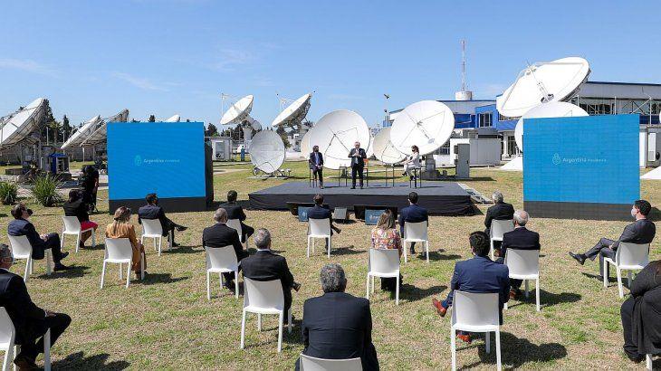 El plan fue presentado por Alberto Fernández en la sede central de ARSAT.